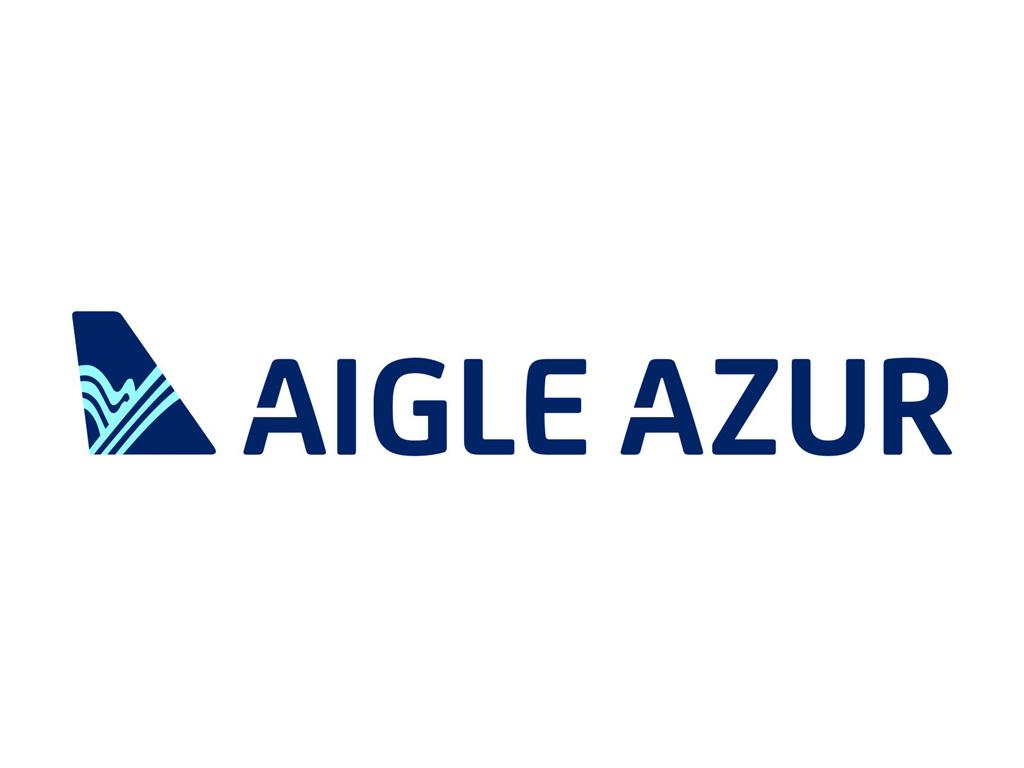 Réserver un billet d'avion Aigle Azur par téléphone